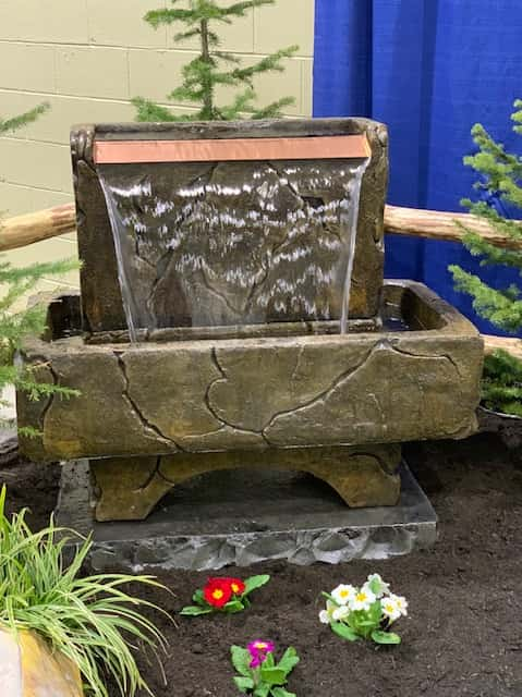 Concrete Works Statuary Inc Medium Copper Crest Fountain
